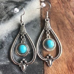 "NWT boldfunfearless earrings ""Bali vibes """